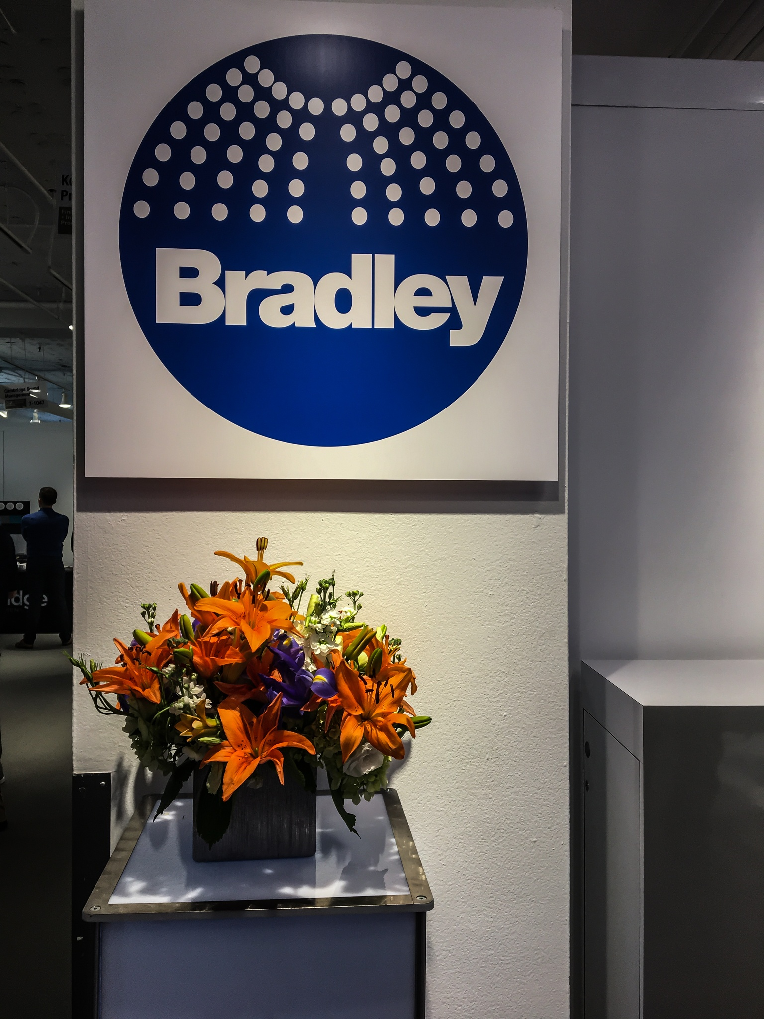 bradley-neocon-2018-washbar-booth
